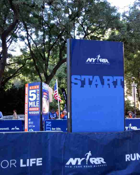 5thAveMile-Start